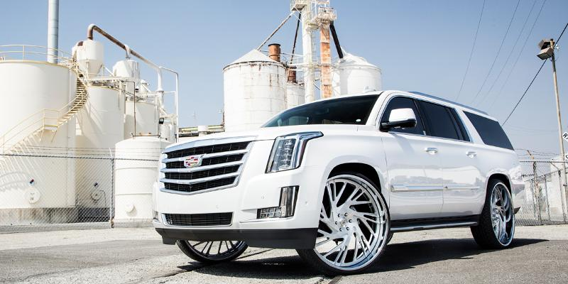 Cadillac Escalade with 2018 Collection AF868